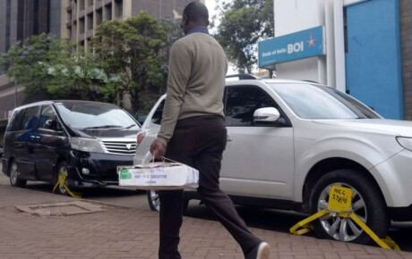 Motorists have been forced to pay parking fees twice per day to escape their vehicles being clamped as Sonko and Badi fight