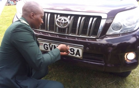 Once flamboyant former MP now serves as driver to a politician after going broke @KenyanTraffic