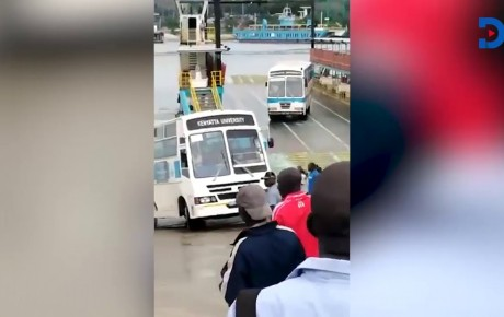 Watch as Kenyatta University bus nearly plunges into the ocean at Likoni Ferry Channel @KenyanTraffic