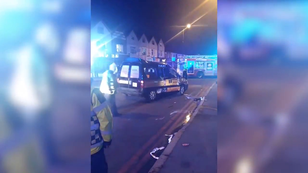 Video - This man is kicked out of a cab for bad behaviour