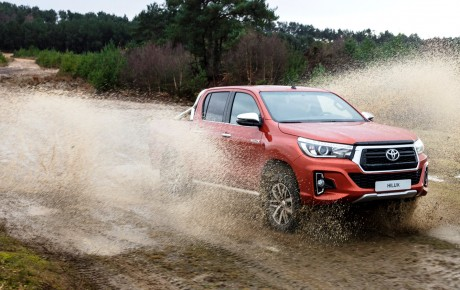 Toyota Hilux pick-up review