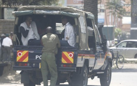 Video – Meru University students on strike, stole police land cruiser and put it on siren forcing cops to chase down their own vehicle @KenyanTraffic