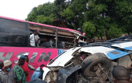 High speed tyre-burst costs 15 lives in a road accident @kenyantraffic