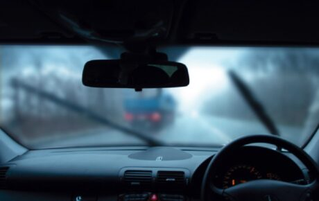 Misty Windows in cold weather? How to stop fogging up on car windows
